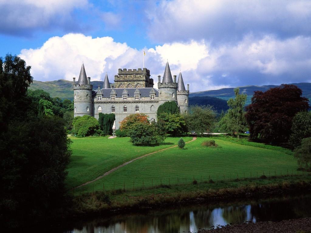 Tilo Wolff Lacrimosa Scotland Castle